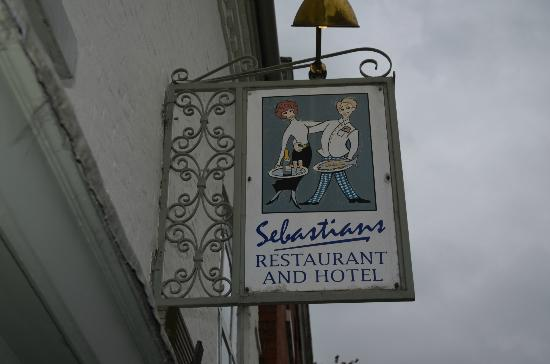 Sebastians Hotel: The sign