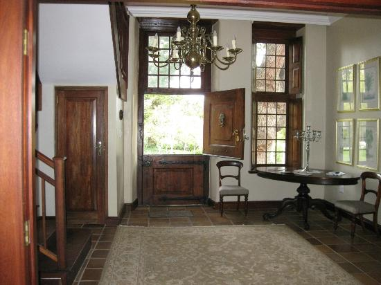 Vredenburg Manor House: Entrance Hall