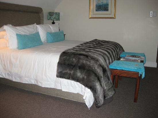Vredenburg Manor House: Snapshot of our room