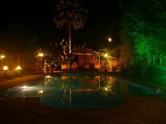 La Palmeraie d'Angkor: De nuit 2