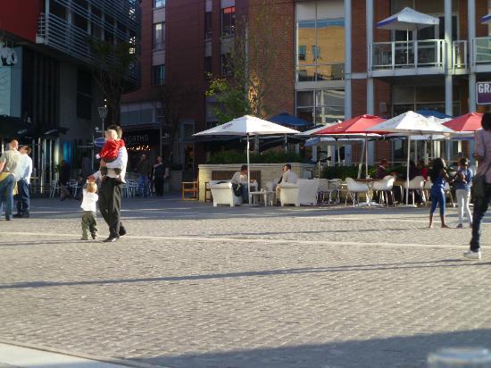 Mezepoli Meze Wine and Bar: view