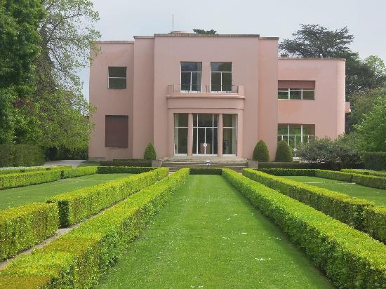 Museo de Serralves: Art deco style
