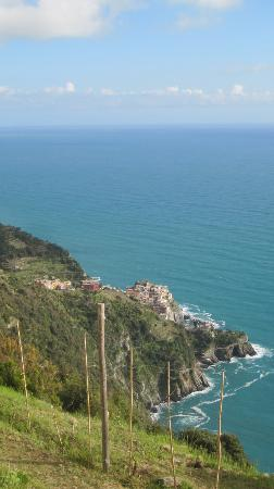 NiRia: View of Manorola from Volastra-Cornelia Hike