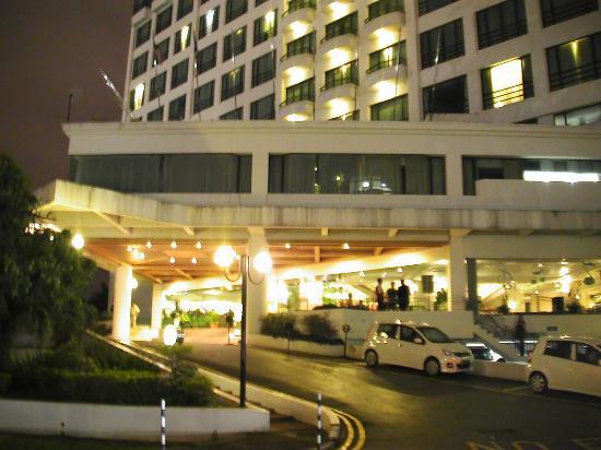 Das Hotel Von Aussen Picture Of Sabah Oriental Hotel Kota Kinabalu