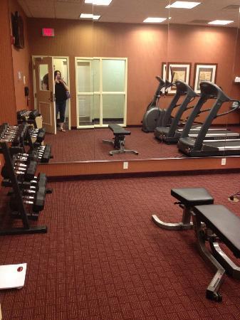 Residence Inn Chapel Hill: gym