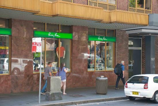 Paddy Pallin: Paddy Palin store windows