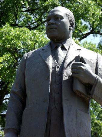 Birmingham Civil Rights Institute: MLK statue in the park across from the Institute