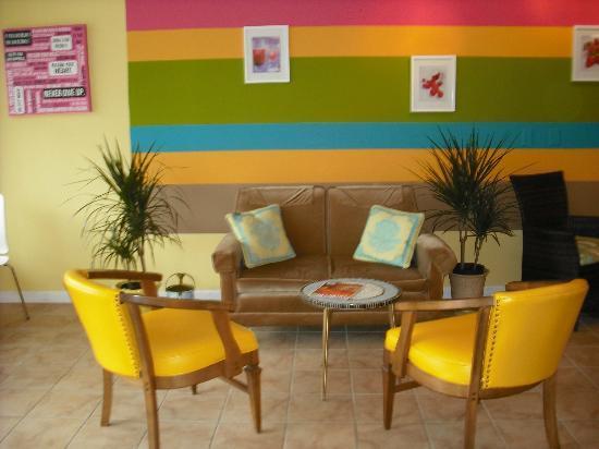 Smooch Cafe: Comfy seating