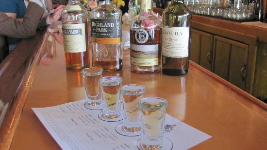 Albion River Inn: whiskey flight