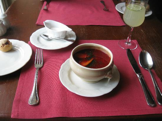 Café Pushkin: Borscht with duck breast - delicious!