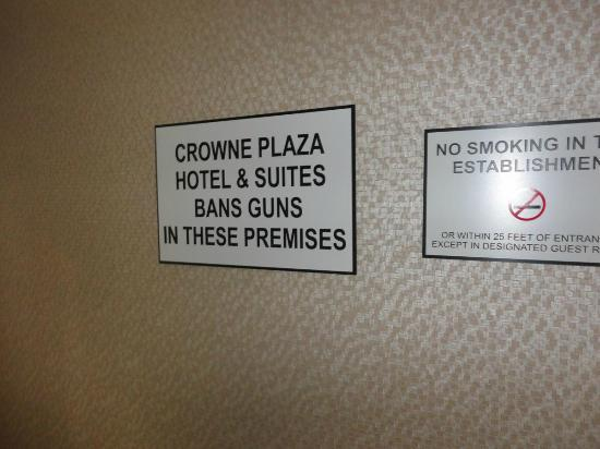 Crowne Plaza MSP Airport - Mall of America: Good to know, but a bit odd for a Canadian to see.  LOL