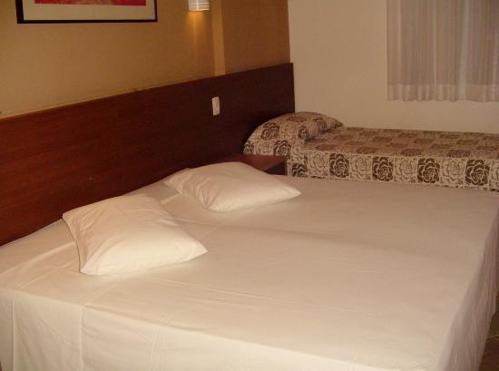Atoba Praia Hotel: Habitacion triple