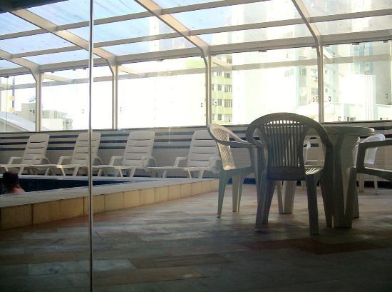 Atoba Praia Hotel: Piscina interior climatizada
