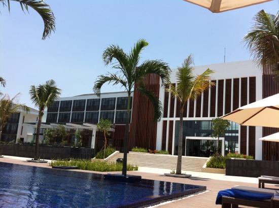 Sunrise Premium Resort Hoi An : the hotel