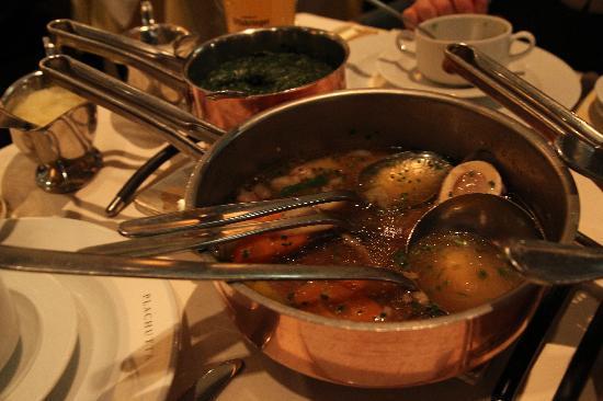 Traidional vienna food picture of plachutta wollzeile for Austrian cuisine vienna