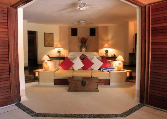 Villa Carolina Hotel: Inside Suite 1