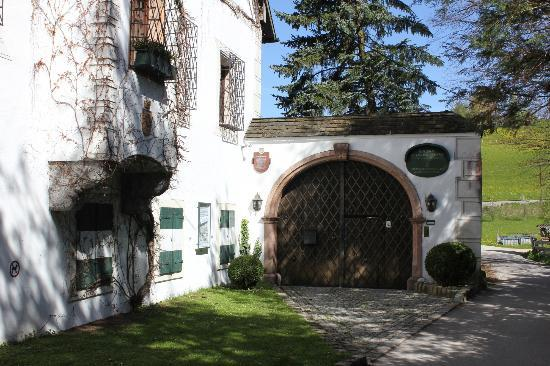 Galerie Schloss Weyer - Meissen Porzellan