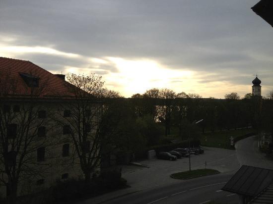 Hotel Seeblick Bernried: Vista sul parco del lungolago