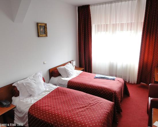 Best Western Silva Hotel: Silva Hotel = Sibiu - room 310, twin beds
