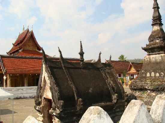 Wat Mai Suwannaphumaham: Vat May2