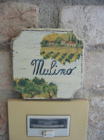 La Rocca di Mantignana: Klingelschild