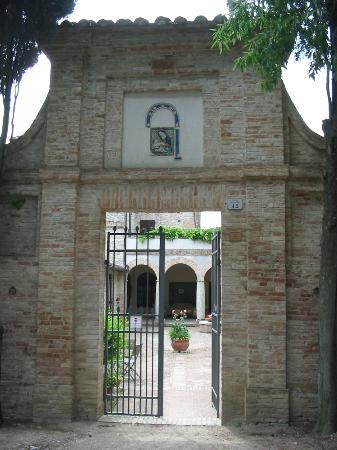 La Rocca di Mantignana: Eingang