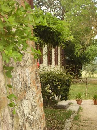 La Rocca di Mantignana: Der Weg zum Zimmer Mulino