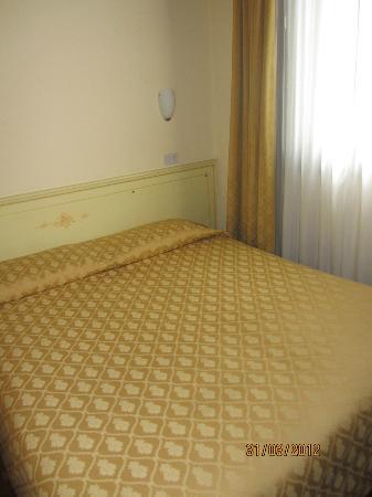 Hotel ai do Mori: Bed