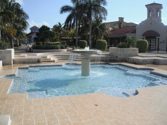 IBEROSTAR Playa Alameda Hotel: fountain