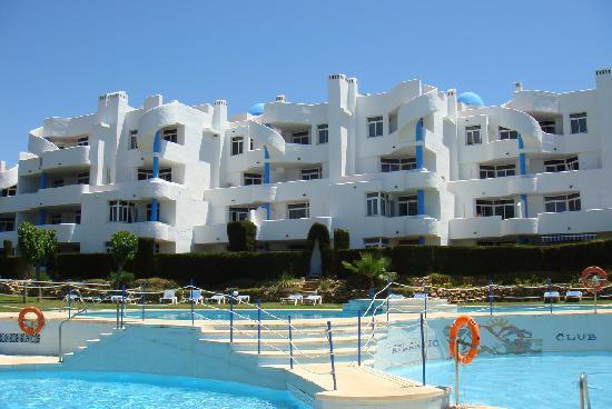 Ona Campanario: Outdoor apartments