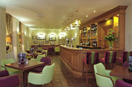 Dappers Bar at the George Hotel