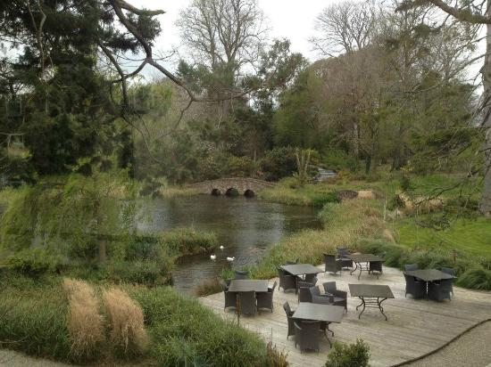 The garden and ornamental lake at Monart