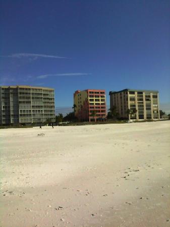 Casa Playa Resort: wide, uncrowned beach!