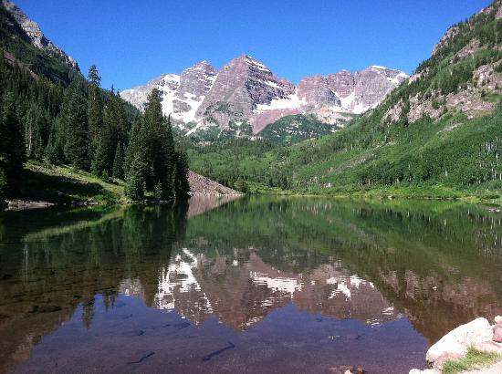 Buckskin Pass: The beginning of the hike, looking at the Maroon Bells