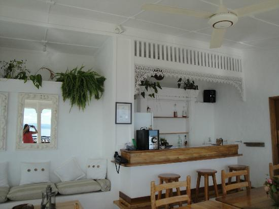 Le Sans Souci Guesthouse : The bar
