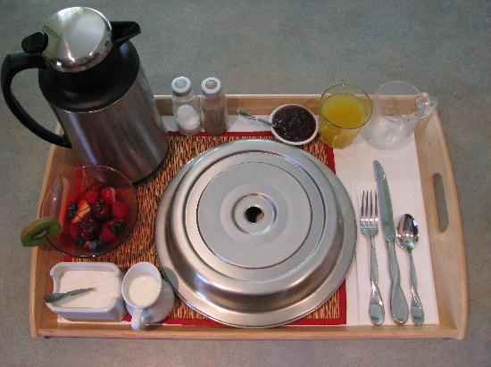 Auberge de Mon Petit Chum B&B: We can deliver gourmet breakfast right to your room!