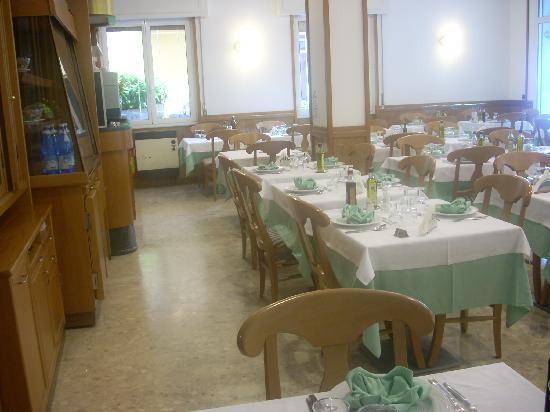 Hotel Corallo: La sala da pranzo
