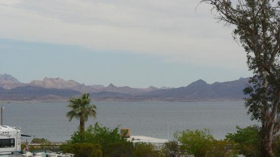 Lake Mead RV Village: View from the camp 1