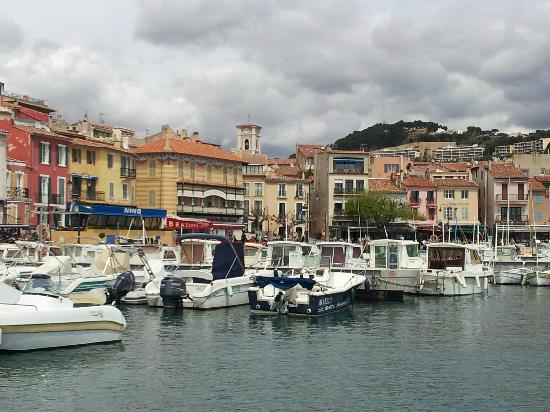 cassis harbor photo de l 39 avila cassis cassis tripadvisor. Black Bedroom Furniture Sets. Home Design Ideas