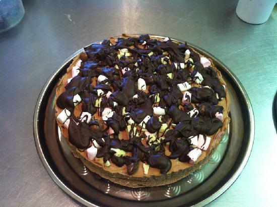Bramleys Tearooms: Rocky Road Cheesecake