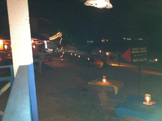 Samson Restaurant: sunset at unawatuna