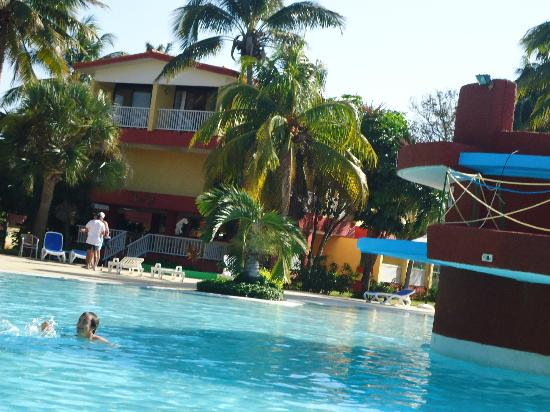 Piscina picture of gran caribe villa tortuga varadero for Piscine varadero