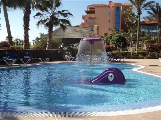 Hotel Elba Sara : Children pool