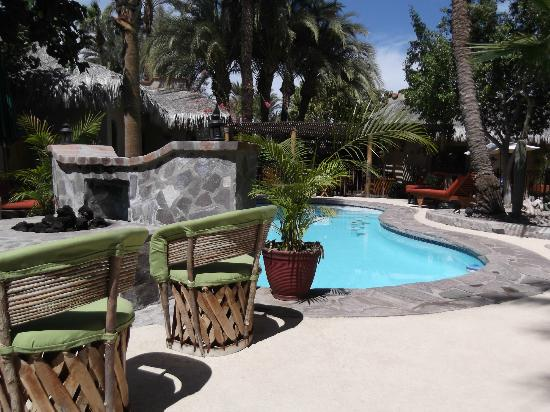 Las Cabanas de Loreto: Pool and outdoor fireplace