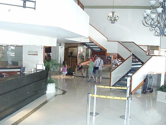 Fastos Hotel: HALL DE L'HOTEL
