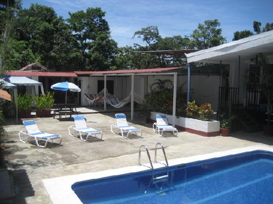 Flor Tica Hostel