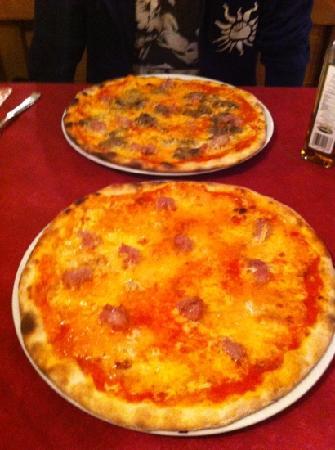 Osteria la Cantinota: pizza Cantinota e pizza montanara