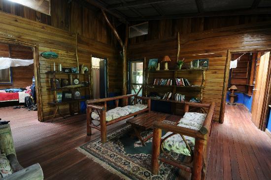 La Carolina Lodge: Wohnbereich im Haupthaus
