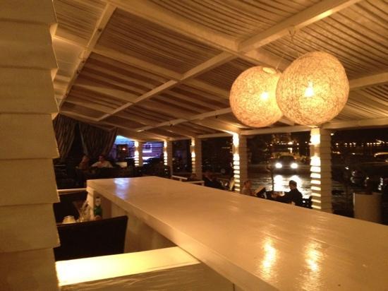 Casa Tua : lounge bar
