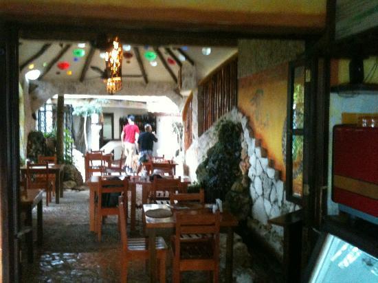 Maison Tulum: Restaurant area